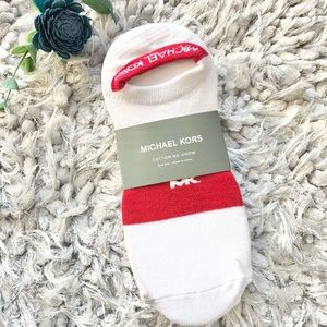 New with tag MICHAEL KORS 3Pack No Show logo SOCKS